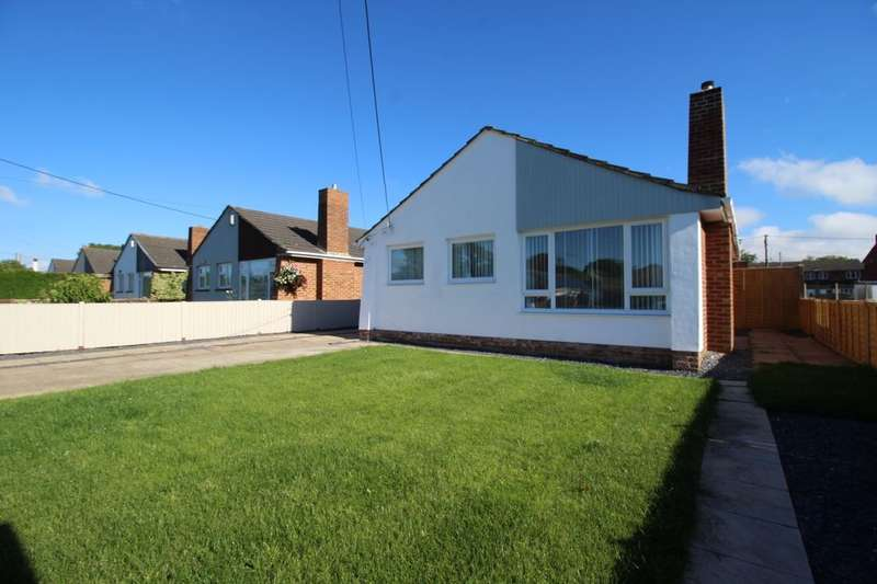 3 Bedrooms Detached Bungalow for sale in Southbourne Avenue, Holbury, Southampton, SO45