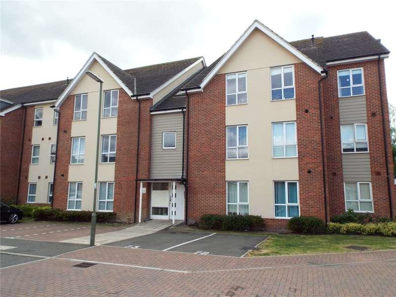 1 Bedroom Flat for sale in Harrow Close, Addlestone, Surrey, KT15