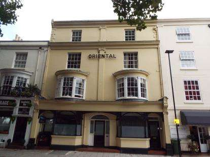 2 Bedrooms Flat for sale in 29 Queens Terrace, Southampton, Hampshire