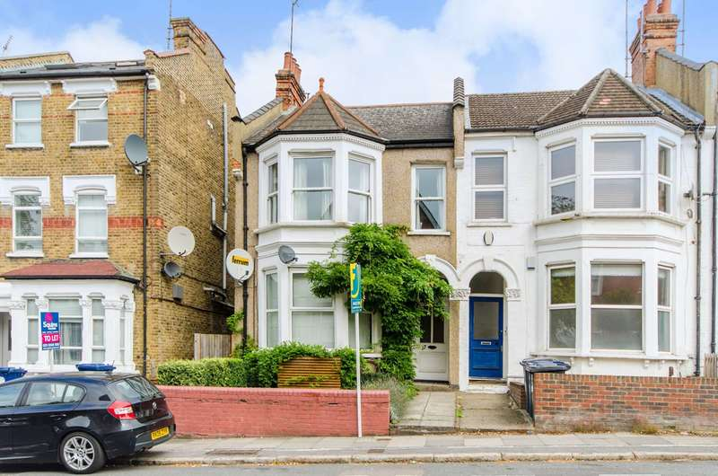 2 Bedrooms Flat for sale in Dollis Road, Finchley, N3