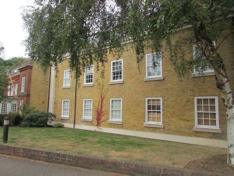 2 Bedrooms Flat for sale in Church Walk, Dartford