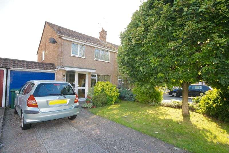 3 Bedrooms Semi Detached House for sale in Kelsey Avenue, Emsworth