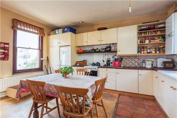 3 Bedrooms Terraced House for sale in Mina Road, St Werburghs, Bristol, BS2 9YN
