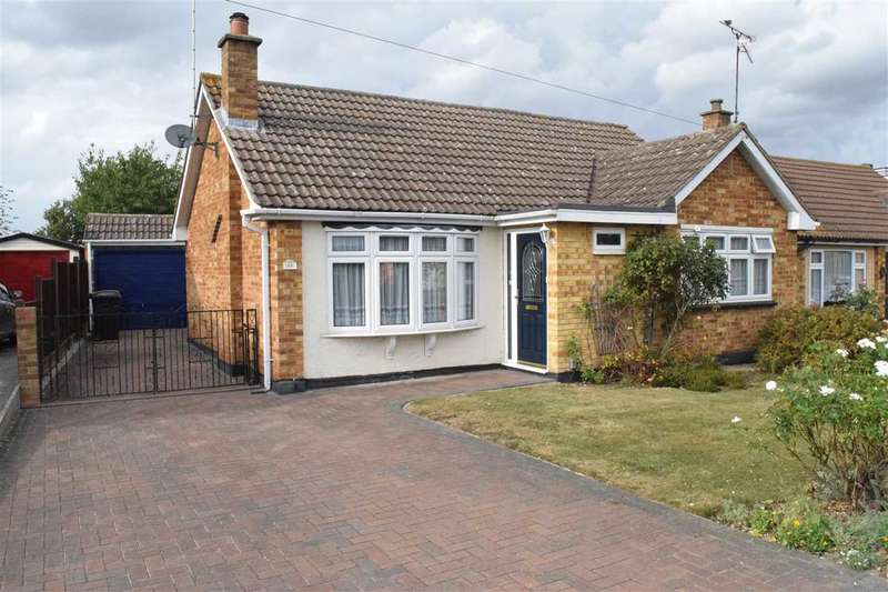 2 Bedrooms Bungalow for sale in Burnham Road, Old Springfield, Chelmsford