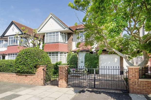 6 Bedrooms Detached House for sale in Audley Road, Ealing