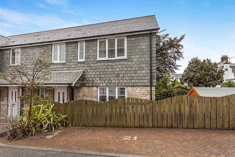 3 Bedrooms Semi Detached House for sale in Godolphin View, Camborne, TR14