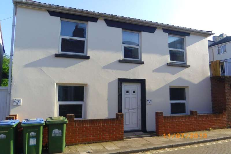 6 Bedrooms Property for rent in Lyon Street, Southampton, SO14
