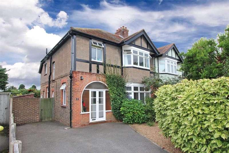 3 Bedrooms Semi Detached House for sale in Bulkington Avenue, Tarring, Worthing, BN14