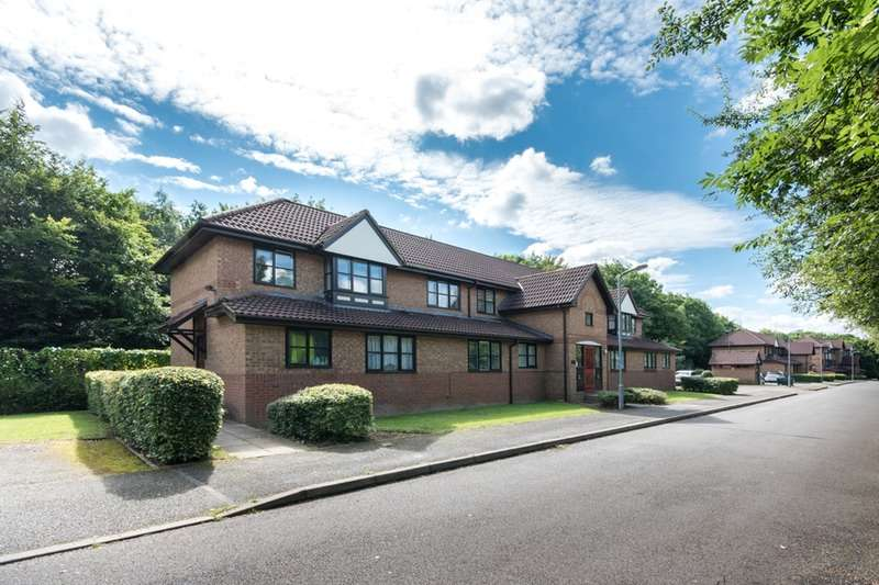 Flat for sale in Osprey Close, Watford, Hertfordshire, WD25
