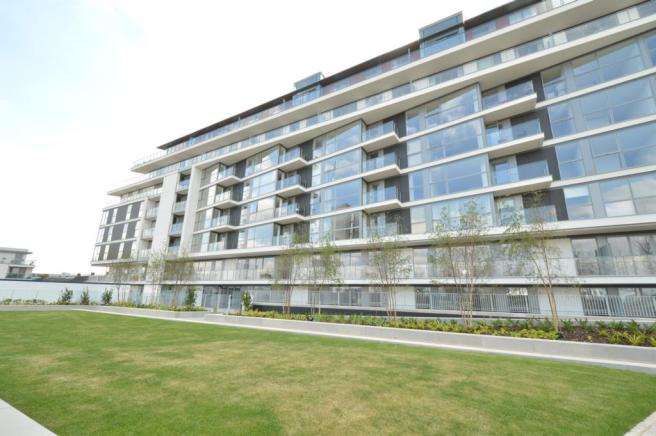 1 Bedroom Flat for sale in The River Gardens, Greenwich Wharf, Greenwich