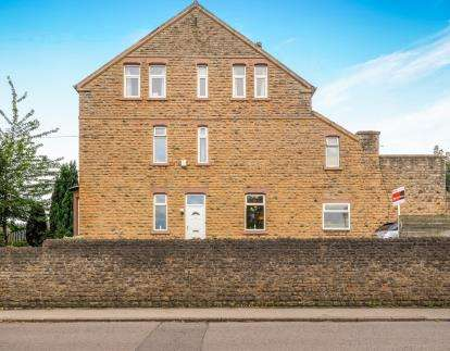 4 Bedrooms Semi Detached House for sale in Stockhill Lane, Basford, Nottingham, Nottinghamshire