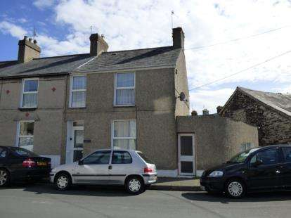 3 Bedrooms Terraced House for sale in East Avenue, Porthmadog, Gwynedd, LL49