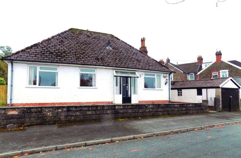 3 Bedrooms Detached Bungalow for sale in Dan Y Coed, Caerphilly