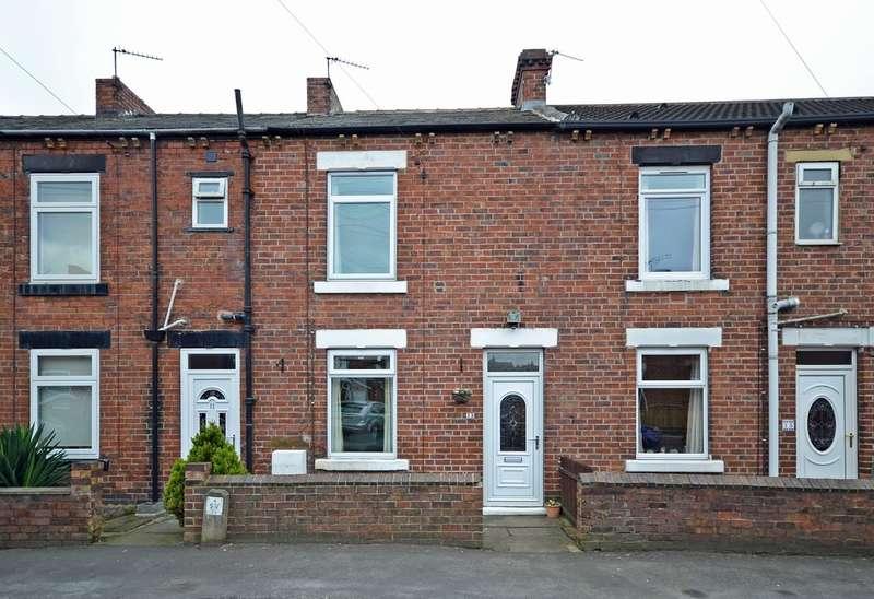 2 Bedrooms Terraced House for sale in Cross Park Street, Horbury, Wakefield