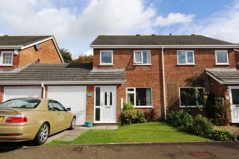 3 Bedrooms Semi Detached House for sale in Penlee Park, Torpoint