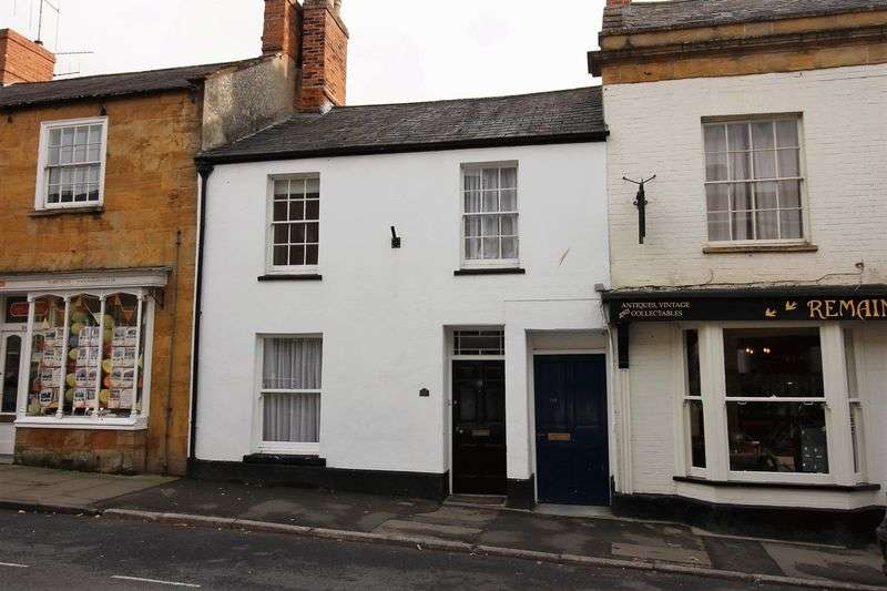 3 Bedrooms Terraced House for sale in East Street, Ilminster