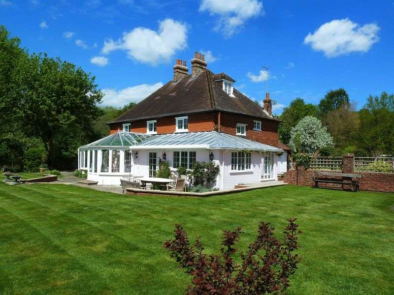 6 Bedrooms Detached House for rent in Oakhanger, Nr Selborne/Petersfield/Liphook Hampshire