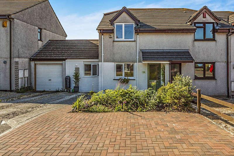 3 Bedrooms Semi Detached House for sale in Mount Pleasure, Camborne, TR14