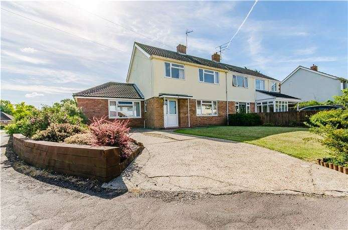4 Bedrooms Semi Detached House for sale in Buristead Road, Great Shelford, Cambridge