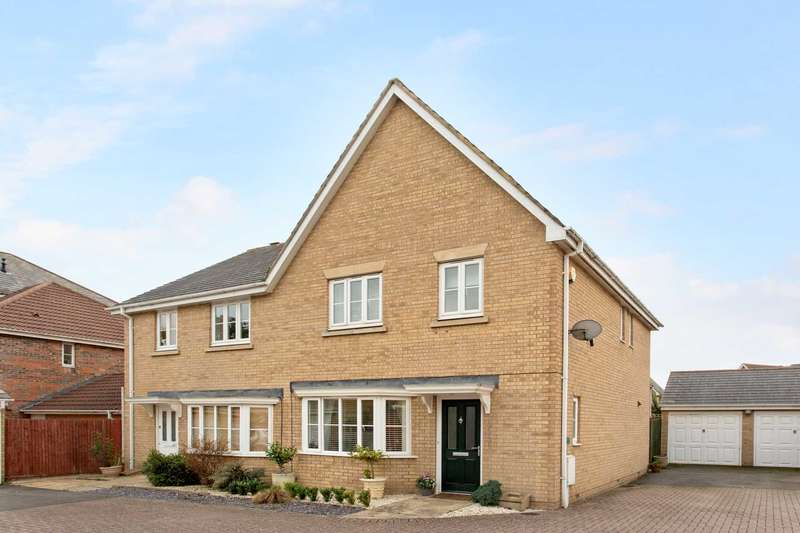 3 Bedrooms Semi Detached House for sale in Windsor Road, Pitstone
