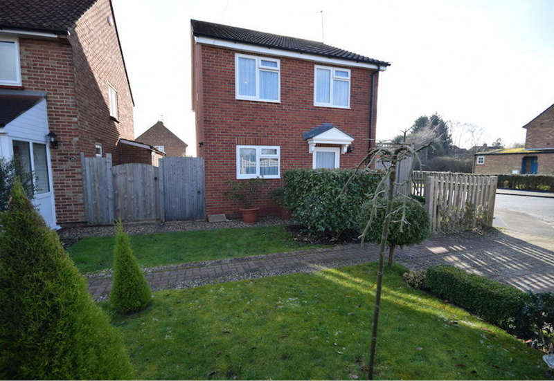 3 Bedrooms Detached House for sale in Springfield Road, Edenbridge, TN8