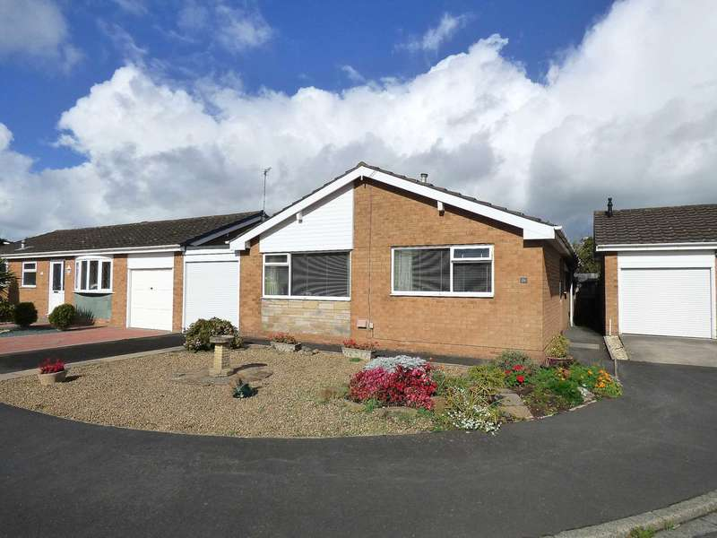 3 Bedrooms Bungalow for sale in Holcroft Place, South Park, Lytham