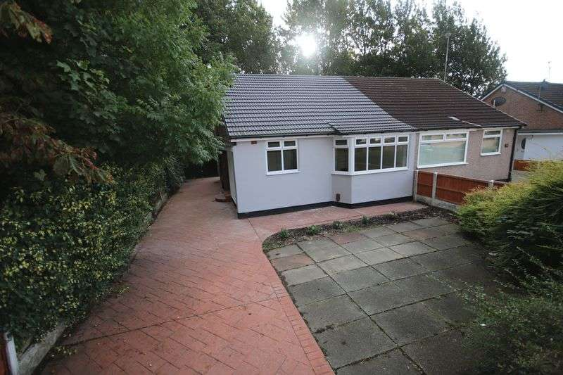 2 Bedrooms Semi Detached Bungalow for sale in Greenland Road, Bolton