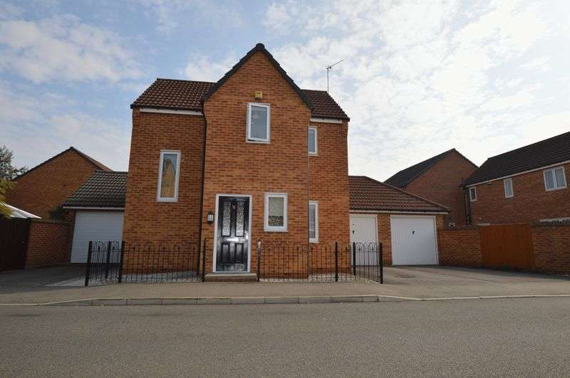 3 Bedrooms Detached House for sale in Hudson Way, Grantham