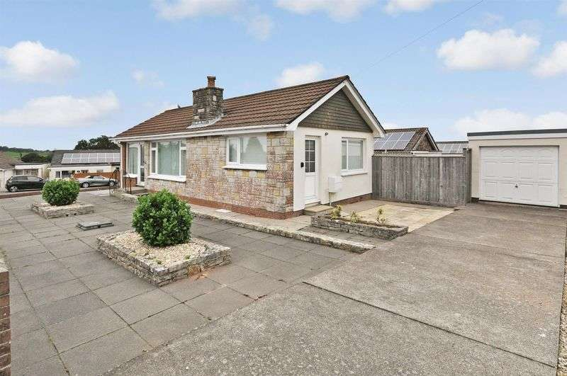 2 Bedrooms Detached Bungalow for sale in Duchy Avenue, Preston, Paignton