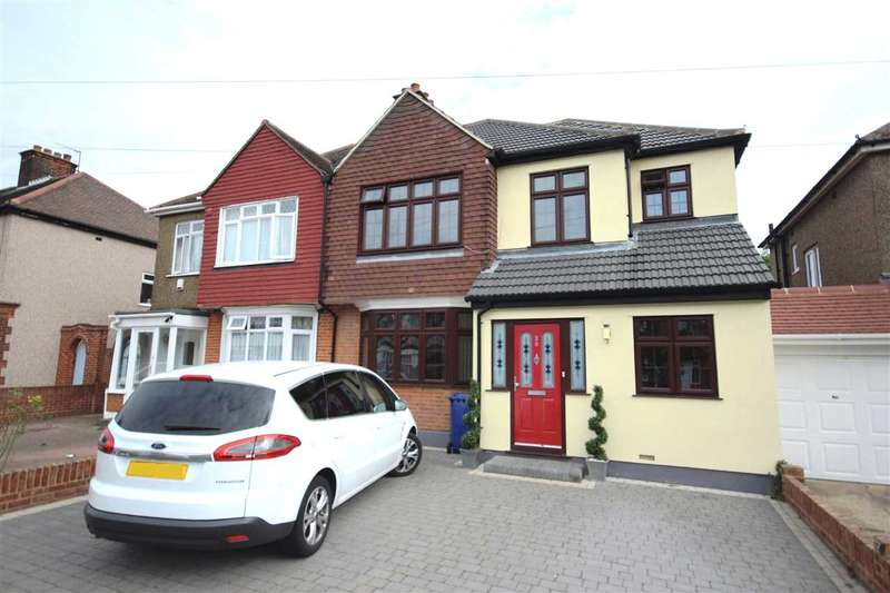 4 Bedrooms Semi Detached House for sale in Nutberry Avenue