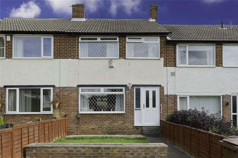 3 Bedrooms Terraced House for sale in Somerdale Gardens, Bramley, Leeds, LS13