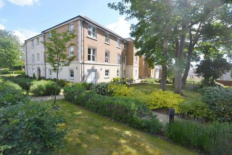 1 Bedroom Retirement Property for sale in Nelson Court, Gravesend, DA12 1PL