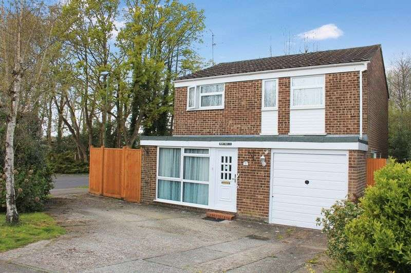4 Bedrooms Detached House for sale in Aston Rise, Pulborough