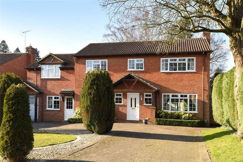 5 Bedrooms Detached House for sale in Buttermere Drive, Camberley, Surrey, GU15