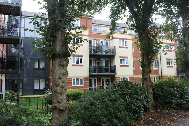 1 Bedroom Flat for sale in Northampton Road, Market Harborough, Leicestershire