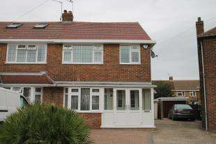 4 Bedrooms Semi Detached House for sale in Wharfedale Road, Dartford, Kent