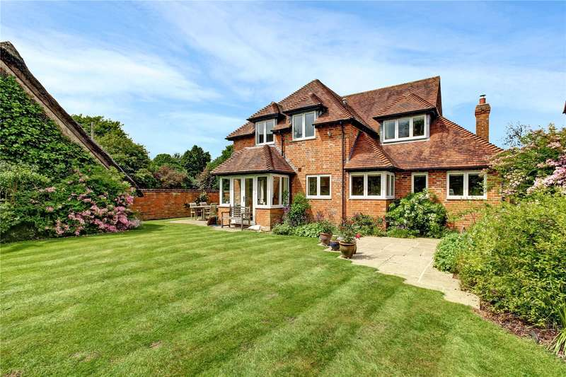 4 Bedrooms Detached House for sale in The Rookery, Peasemore, Newbury, Berkshire, RG20