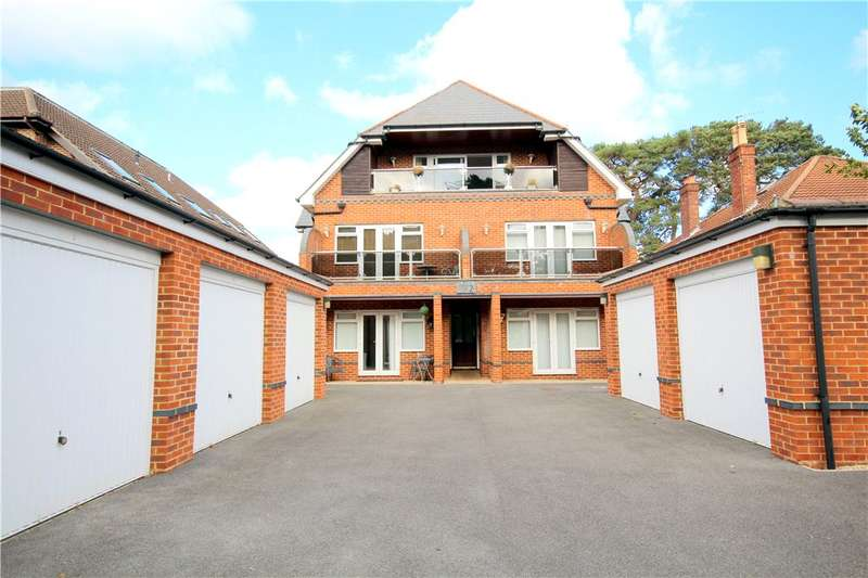 3 Bedrooms Flat for sale in Belle Vue Road, Lower Parkstone, Poole, Dorset, BH14