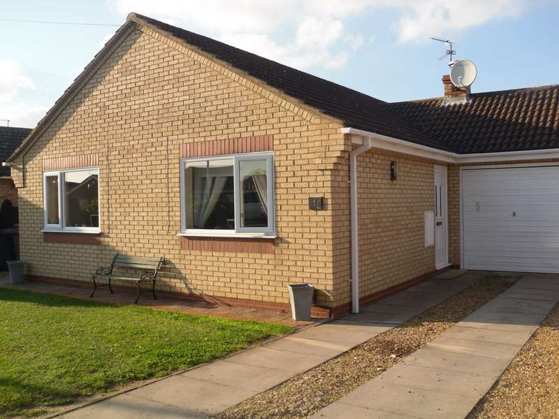 2 Bedrooms Bungalow for sale in Gull Way, Whittlesey, PE7