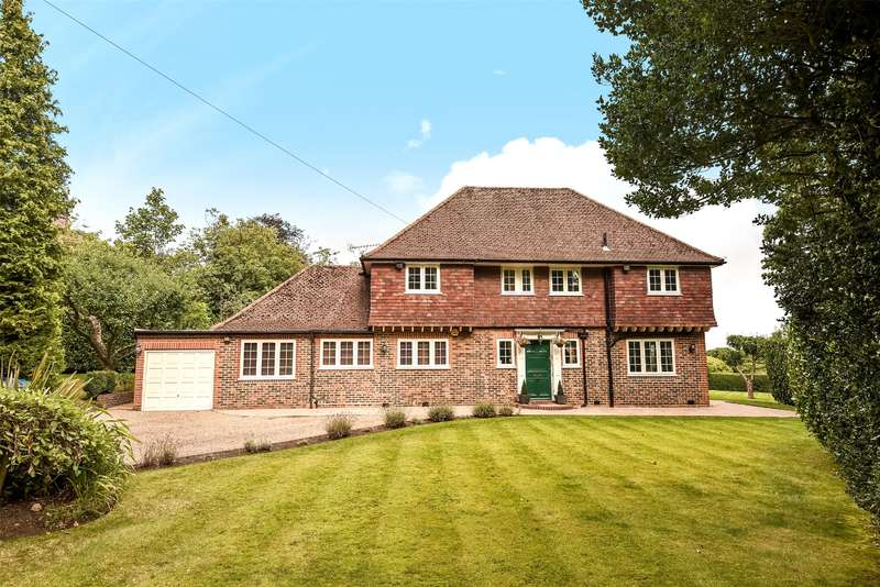 4 Bedrooms Detached House for sale in Pinner Hill, Pinner, Middlesex, HA5