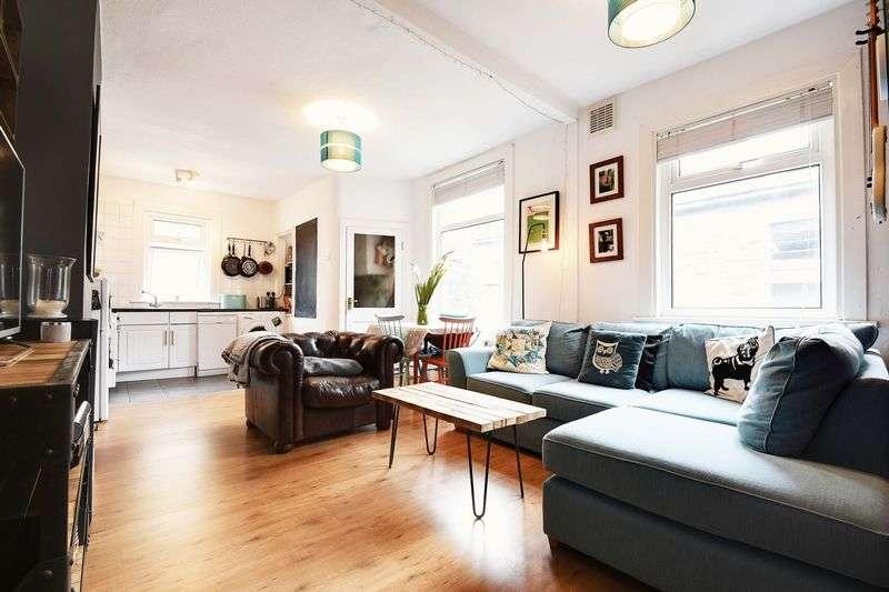 2 Bedrooms Flat for sale in Marlborough Road, Wood Green, N22