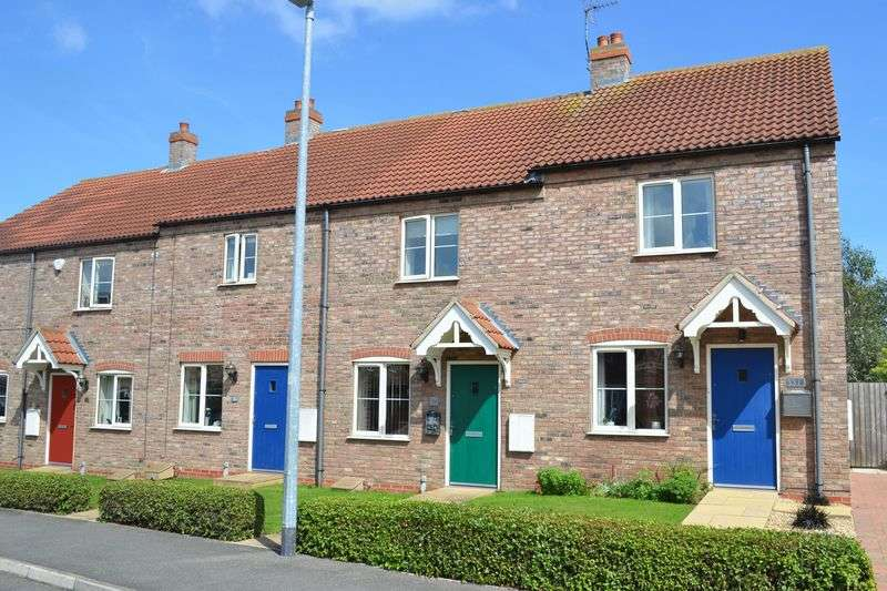 2 Bedrooms Terraced House for sale in Wisteria Drive, Healing