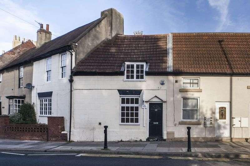 3 Bedrooms Terraced House for sale in Haughton Green, Darlington DL1 2DD
