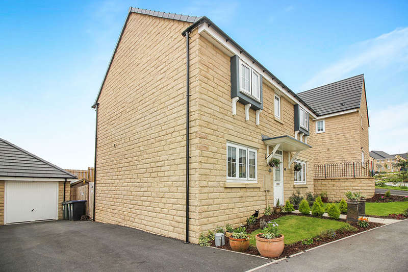 4 Bedrooms Detached House for sale in Beacon Hill, Keighley, BD22