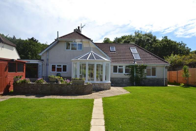 4 Bedrooms Detached Bungalow for sale in Harmans Cross