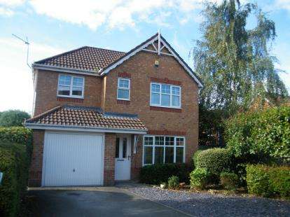 3 Bedrooms House for sale in Woodlark Drive, Chorley, Lancashire, PR7
