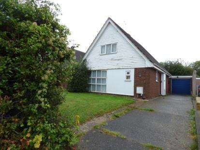 3 Bedrooms Bungalow for sale in Crogen, Chirk, Wrexham, Wrecsam, LL14