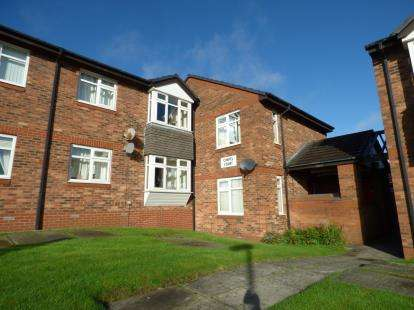 1 Bedroom Flat for sale in Chapel Street, Mossley, Ashton-Under-Lyne, Greater Manchester