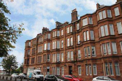 2 Bedrooms Flat for sale in Paisley Road West, Ibrox