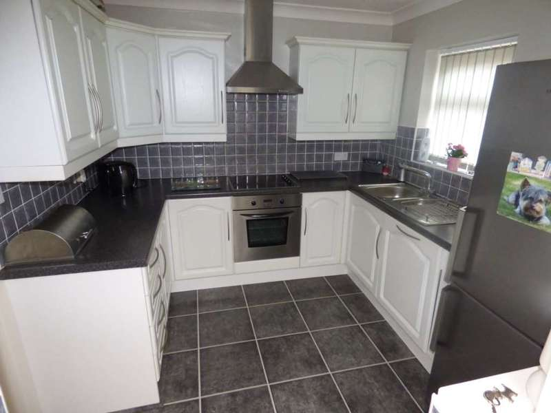 3 Bedrooms Semi Detached House for sale in Wheatlands Drive, Marske By The Sea